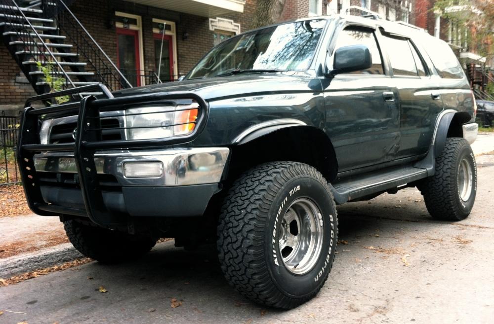 """1997 Toyota 4Runner SR5 V6, 4"""", 2"""" spacers, lift, 33"""" tires."""